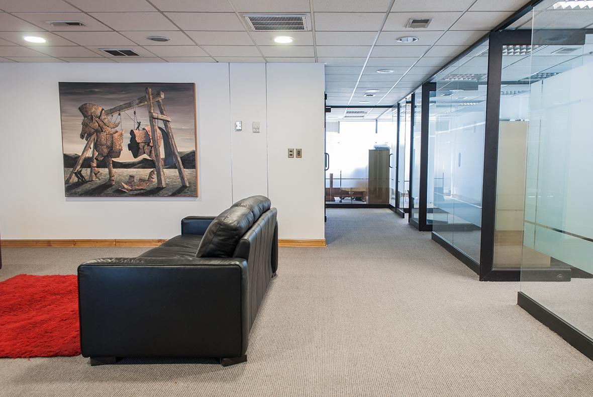 Oficinas (2 de 3)